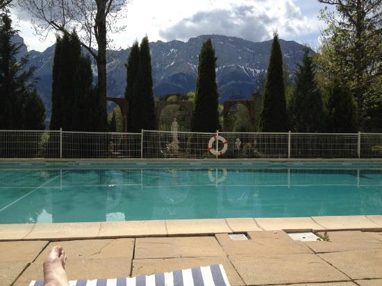 Chateau Des Herbeys : Au calme ....