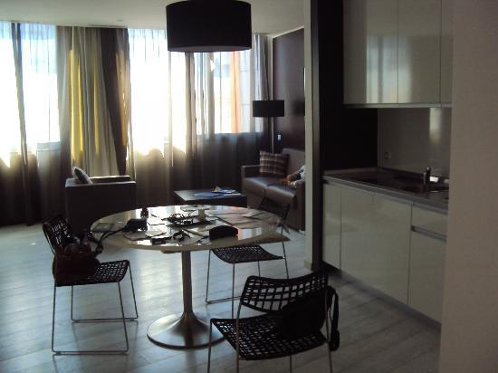 Boscolo Residence: kitchen& living