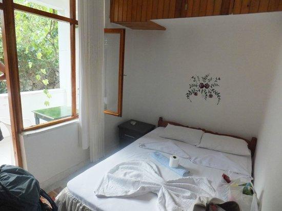 Santosa Pension: 部屋
