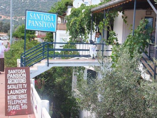 Santosa Pension: 建物 