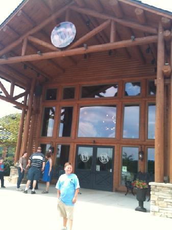 Eddie Montgomery's Steakhouse: outside Eddie Montgomery steakhouse