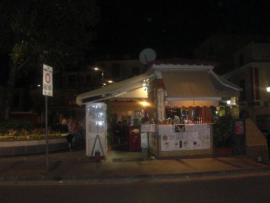 The Kiosk Bar