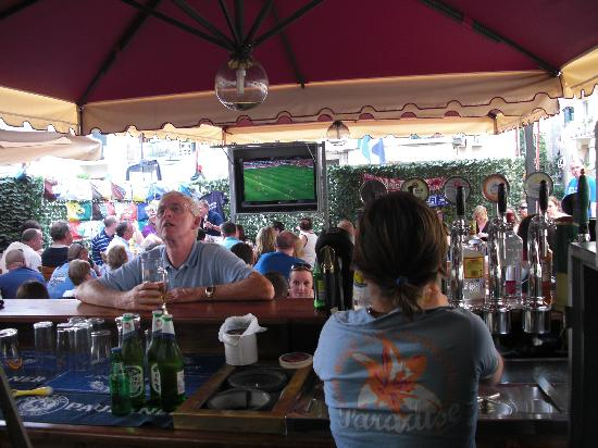 The Kiosk Bar : from the bar perspective