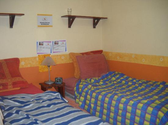 Kaps Place: Room was comfortable! We liked to lay on the beds to read, watch tv and chat