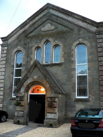 The Old Chapel B&B: Front view