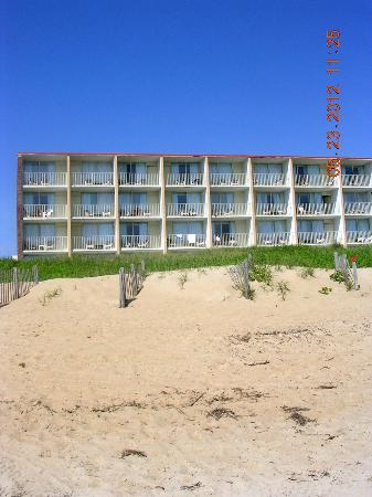 Comfort Inn On The Ocean: oceanfront balconies