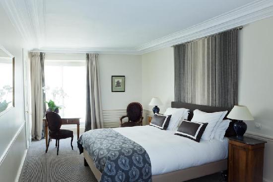 โฮเต็ล แมนซาร์ท: Guest room Hôtel Mansart