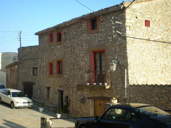 La Casa Pairal De La Marca: Vista exterior de la Casa Pairal
