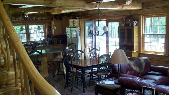 Beaver Island, MI : Main dining area