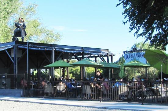 Colusa, Kalifornien: Patio at Steelhead Lodge