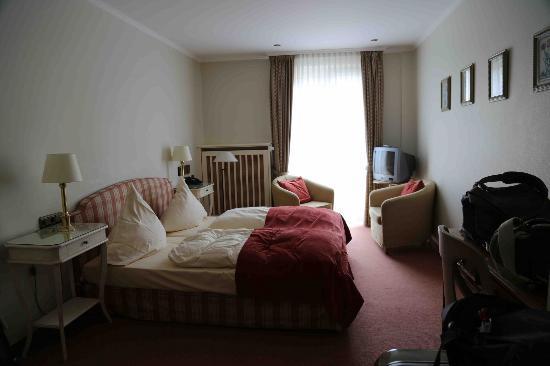"""Hotel Schlicker """"Zum Goldenen Loewen"""": Double Room"""
