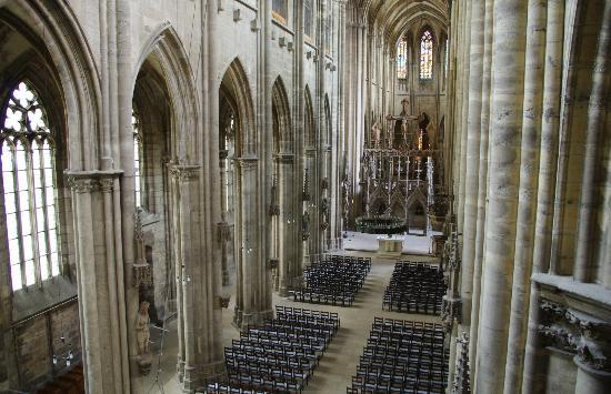Halberstadt, Duitsland: Blick von der Orgelempore