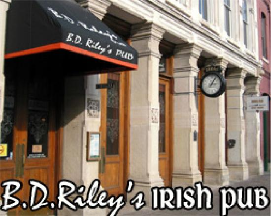 BD Riley's Irish Pub Downtown: On 6th near Brazos, Established in 2000
