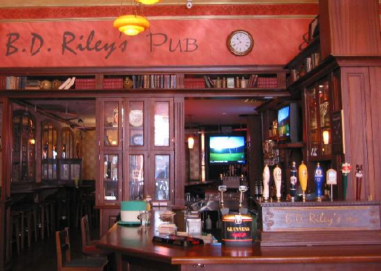 BD Riley's Irish Pub Downtown: The Traditional Bar