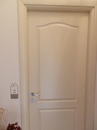 Agriturismo Il Barone : porta della mia camera