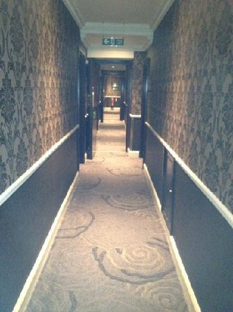 Scary Corridor - YouTube