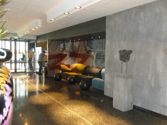 Comfort Hotel Kristiansand: Lobby seating