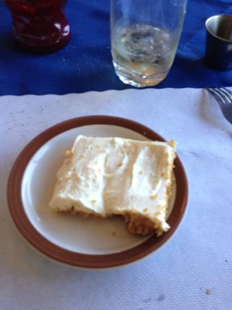 Paradise Cove Lodge: Home made Cheese Cake