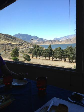 Paradise Cove Lodge : View from dining room