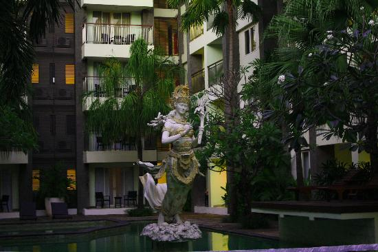 Bali Kuta Resort & Convention Center: Pool1