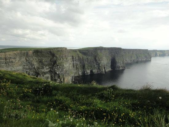 Abbeylee Bed & Breakfast: the Cliffs of Moher