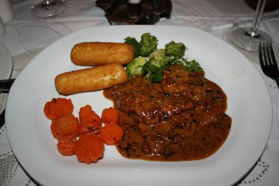 La Pentola : Не помню, какое-то мясо:)