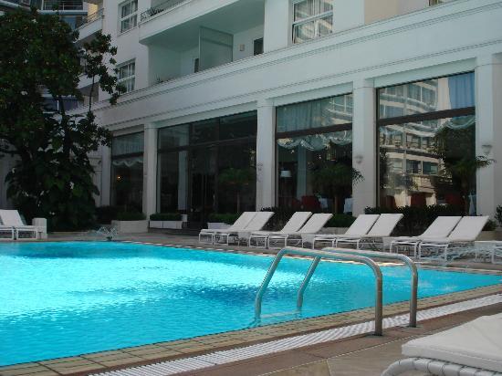 Belmond Copacabana Palace: Linda piscina