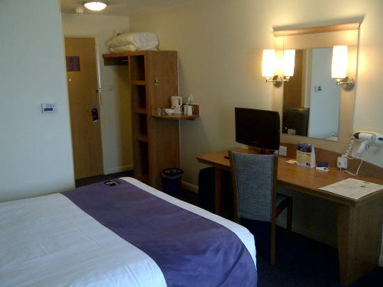 Premier Inn East Grinstead Hotel : Room 23