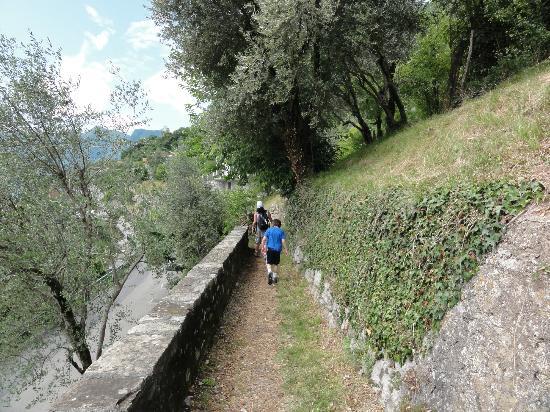 Colonno, Itália: sentiero