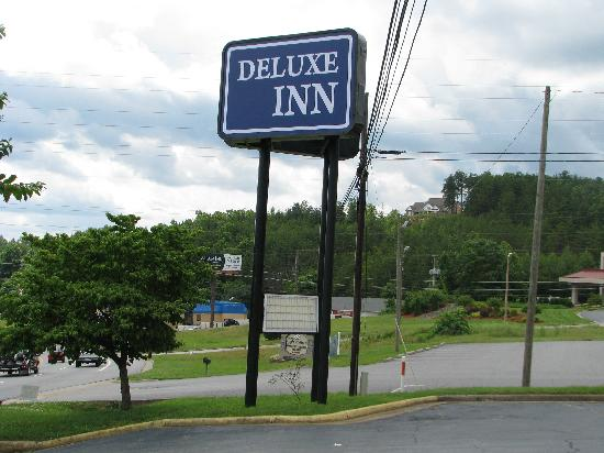 Deluxe Inn: getlstd_property_photo
