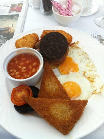 St Michael's Manor Hotel: The infamous English Breakfast fry-up