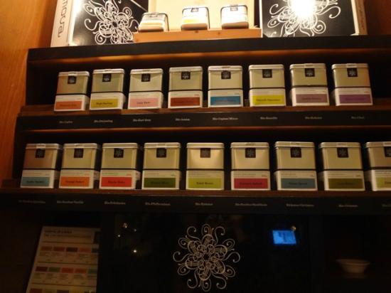 A-ROSA Travemuende: tea-looks great tastes so so