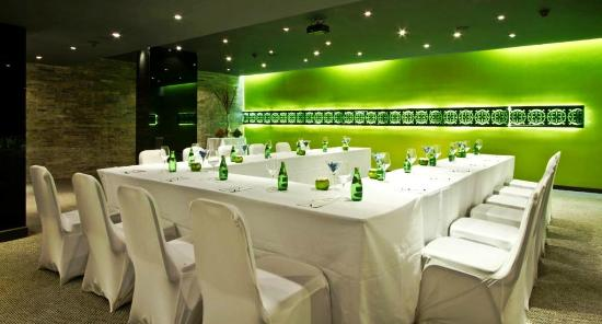 svenska design hotel mesa banquets u shape set up - U Shape Hotel Decoration
