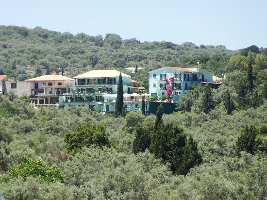 Hotel Meganissi: From Atherinos