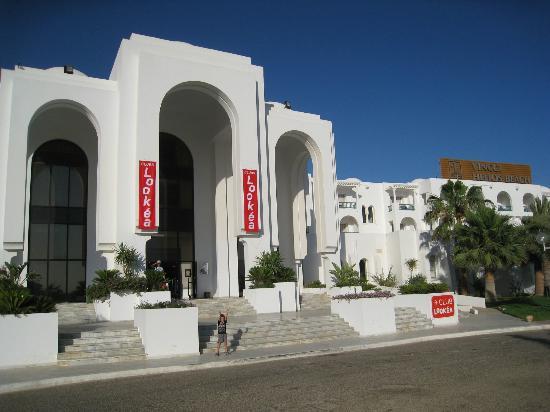 Vincci Helios Beach: L'entrée de l'hotel