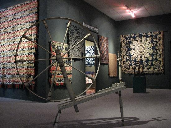 Bedford, Пенсильвания: The National Museum of the American Coverlet