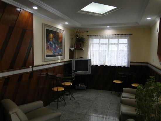 Belmundo Hotel: Hall