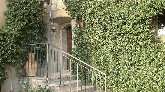 Casa Con Giardino Terni : Accesso dal giardino picture of la casa di cesi terni