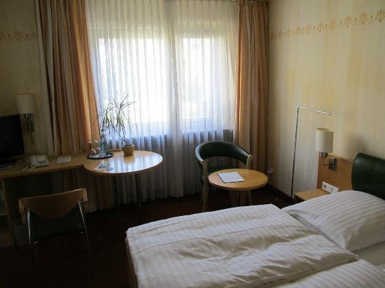 Hotel Graf: Room