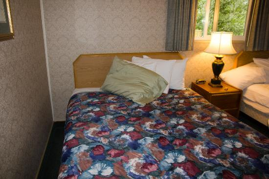 Silver Ridge Lodge: Bed