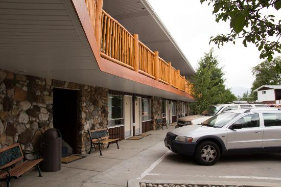 Silver Ridge Lodge: Exterior