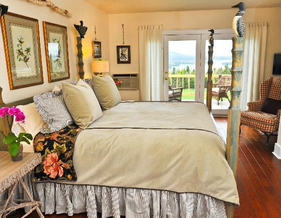 Lodge at Moosehead Lake: Loon Room on First Floor