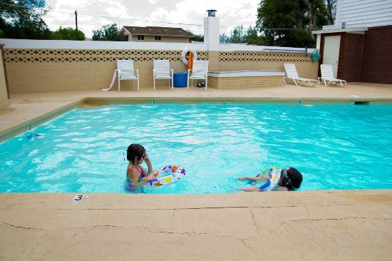 Silver Ridge Lodge: Pool