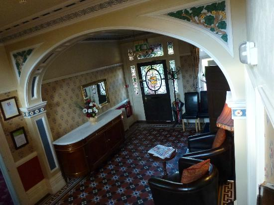 The Park Hotel: Entrance hall