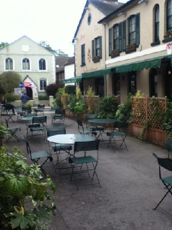 Terrasse at La Parisienne
