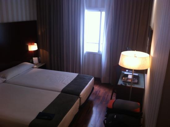 Hotel Zenit Malaga: clean, modern. all good