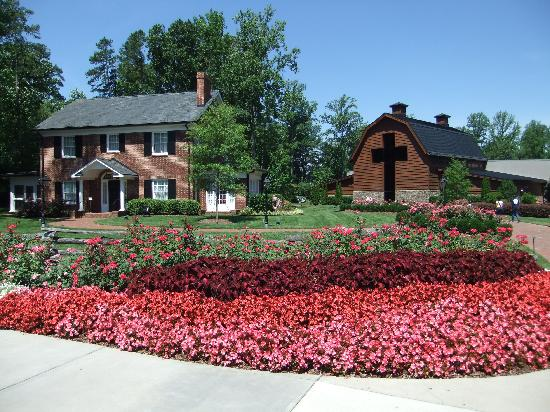 The Billy Graham Library: Billy Graham home an Library
