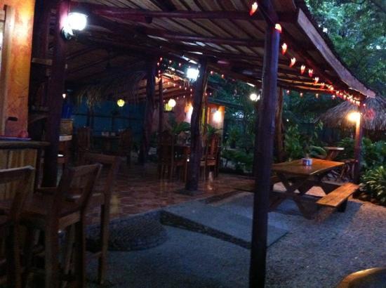 Coco's Mexican Restaurant : terraza