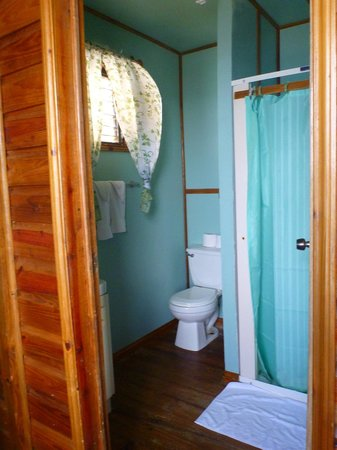 Isla Marisol Resort: The Bathroom
