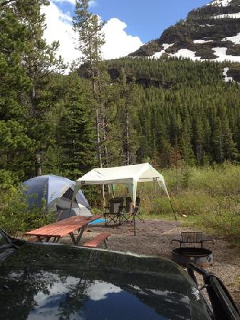 Many Glacier Campground: gorgeous location!